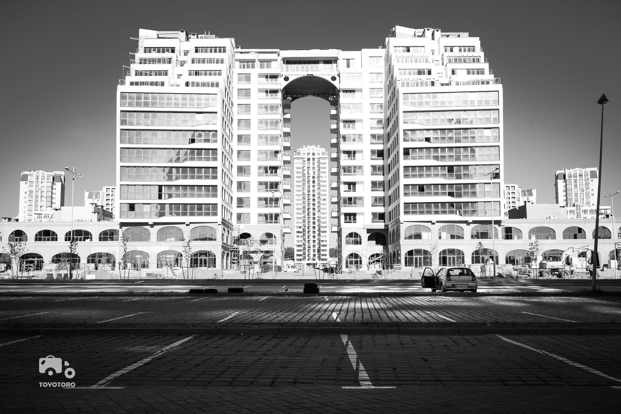 Brutalism opposite Minsk National Library